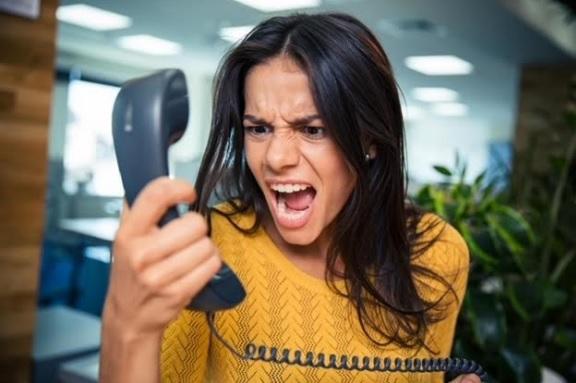violence verbale au téléphone